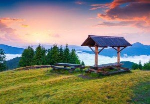 Colorful summer sunrise in the Carpathian mountains. Lisniv ridge, mountain Yagidna, Ukraine, Europe.